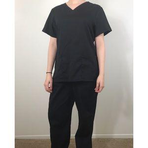 Black scrubs 🖤